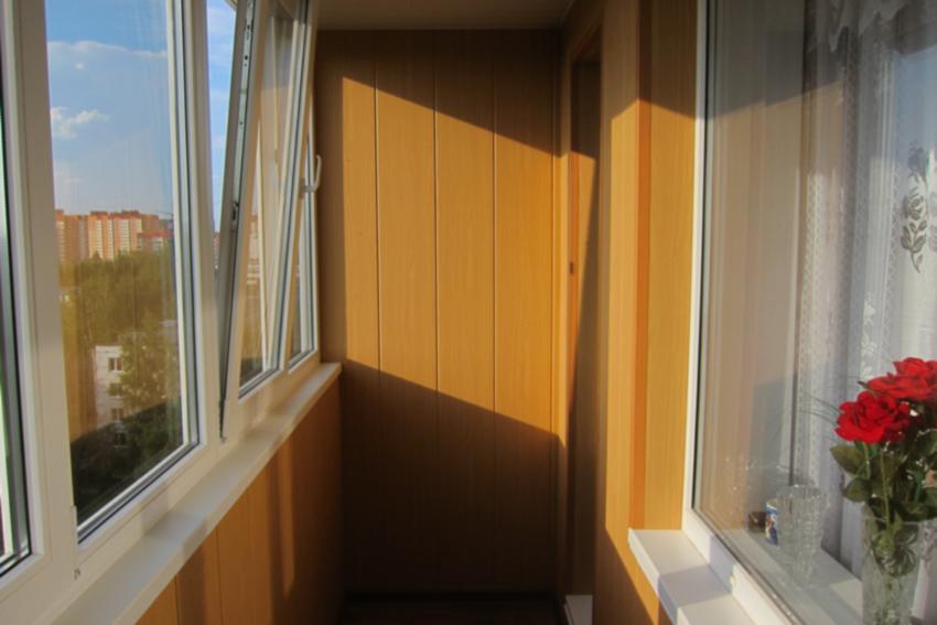 Балкон в хрущевках дизайн фото..